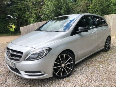 MERCEDES-BENZ B CLASS Hatchback 1.6 B180 BlueEFFICIENCY Sport (s/s) 5dr