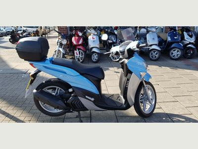 YAMAHA XENTER Scooter 125 n/a