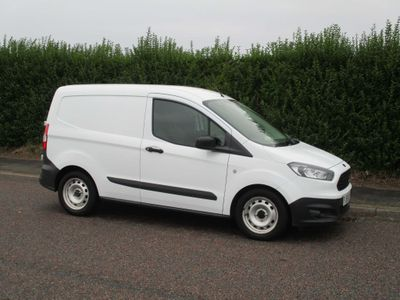 FORD TRANSIT COURIER Panel Van 1.5 TDCi Panel Van 4dr