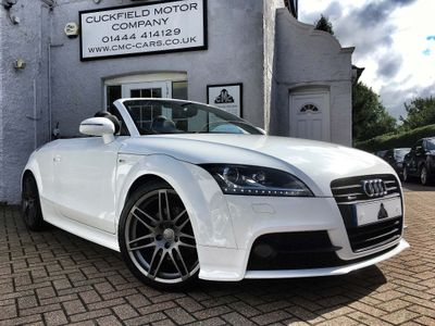 AUDI TT Convertible 2.0 TD Black Edition Roadster 2dr
