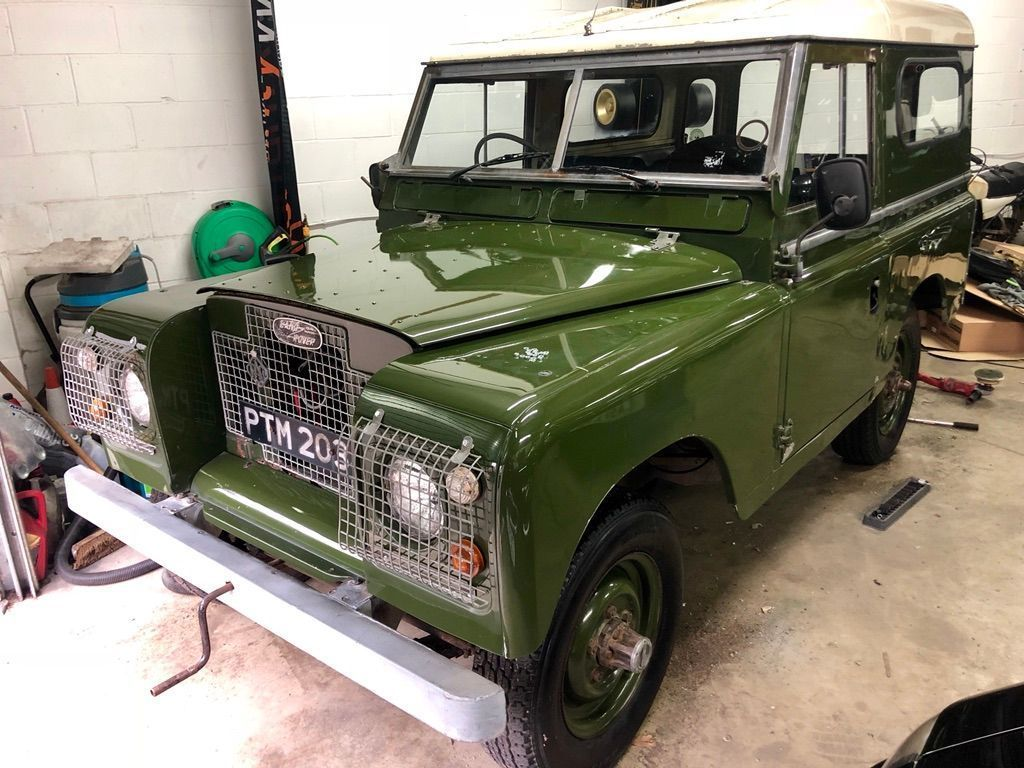 LAND ROVER SERIES II Estate {Edition unlisted}