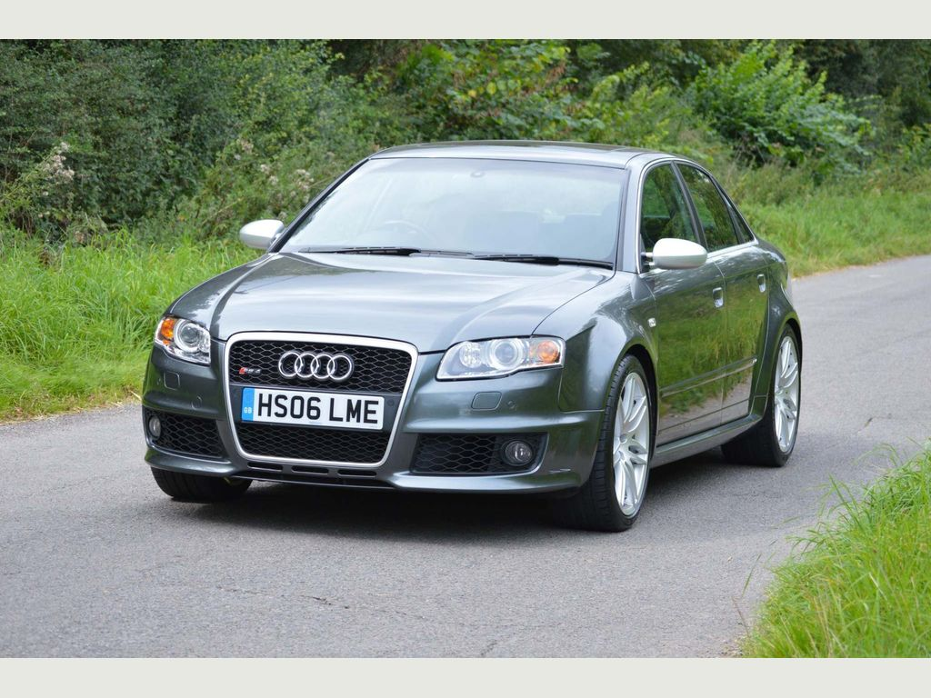 AUDI RS4 Saloon {Edition unlisted}