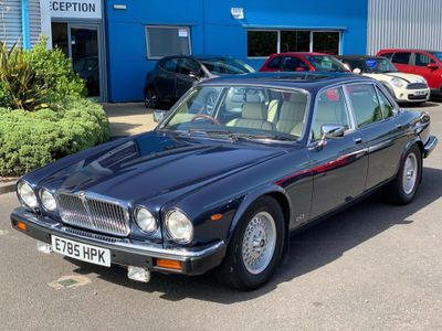 JAGUAR XJ Saloon 5.3 Series III Sovereign HE 4dr