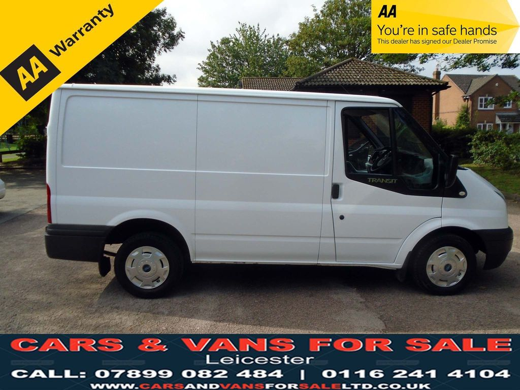 FORD TRANSIT Panel Van 2.2 TDCi 250 S Low Roof Panel Van 5dr (EU5, SWB)