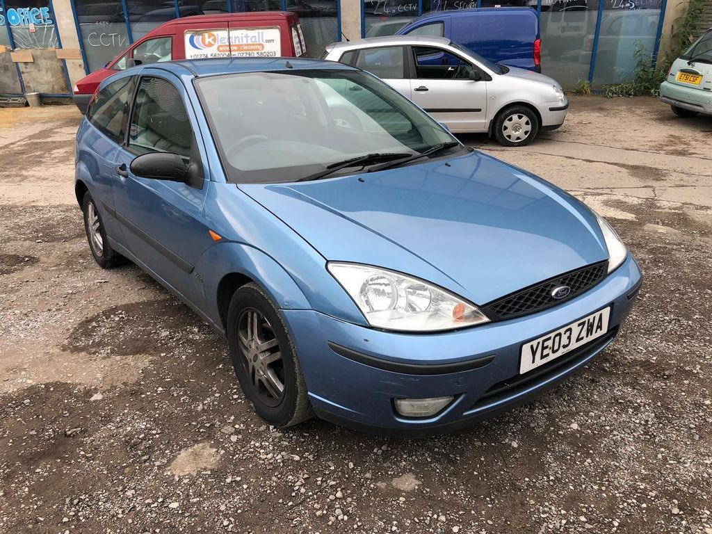 FORD FOCUS Hatchback 1.6 i 16v Zetec 3dr