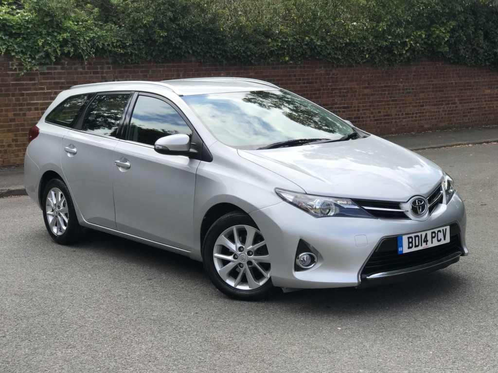 TOYOTA AURIS Estate 1.4 D-4D Icon Touring Sports (s/s) 5dr