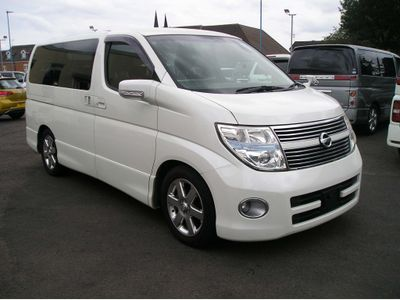 NISSAN ELGRAND MPV 3.5 Highwaystar