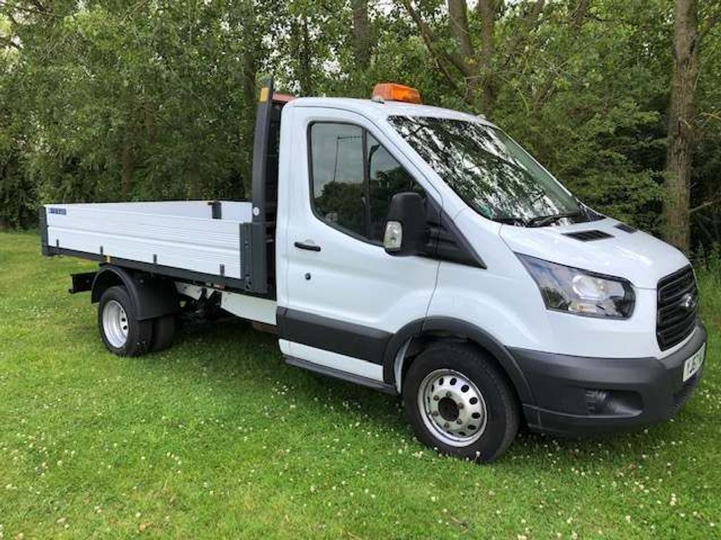 FORD TRANSIT Tipper 2.0 TDCi 350 L2H1 1-Way Tipper 2dr (EU6)