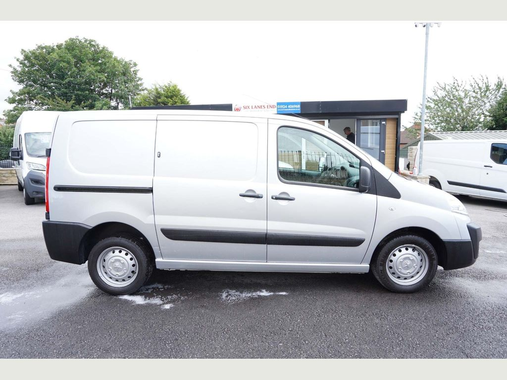 PEUGEOT EXPERT Other 2.0 HDi (EU5) L1 H1 Professional 4dr