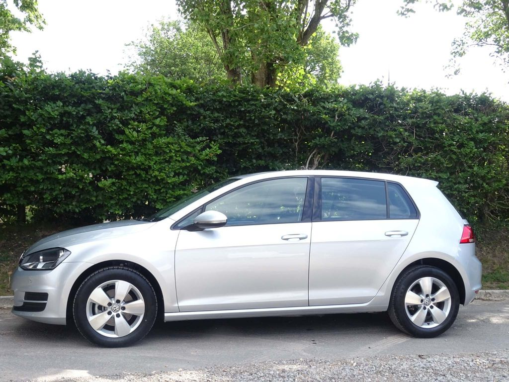 VOLKSWAGEN GOLF Hatchback 1.4 TSI BlueMotion Tech SE (s/s) 5dr