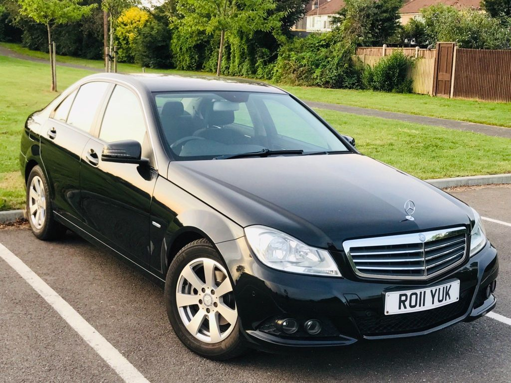 MERCEDES-BENZ C CLASS Saloon 1.8 C180 BlueEFFICIENCY SE 7G-Tronic 4dr