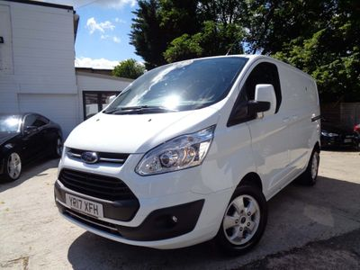 FORD TRANSIT CUSTOM Panel Van 2.0 TDCi 270 L1H2 Limited Panel Van 5dr (EU6)