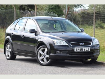 FORD FOCUS Hatchback 2.0 Ghia 5dr