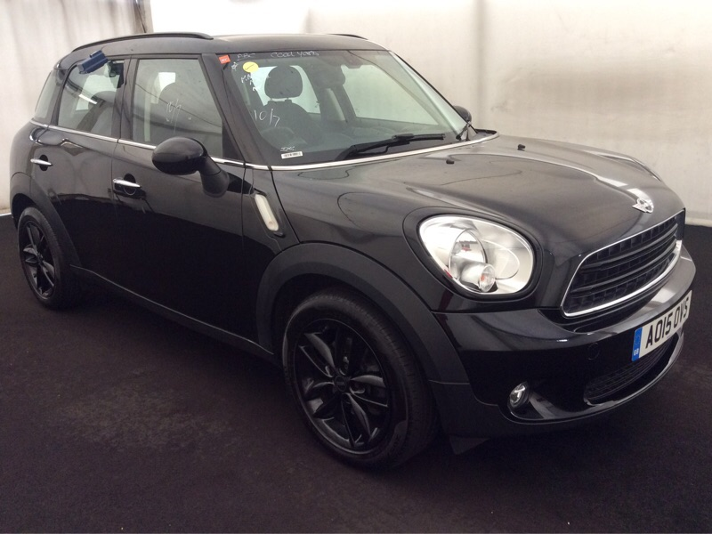 MINI COUNTRYMAN Hatchback 1.6 Cooper D Business Edition 5dr