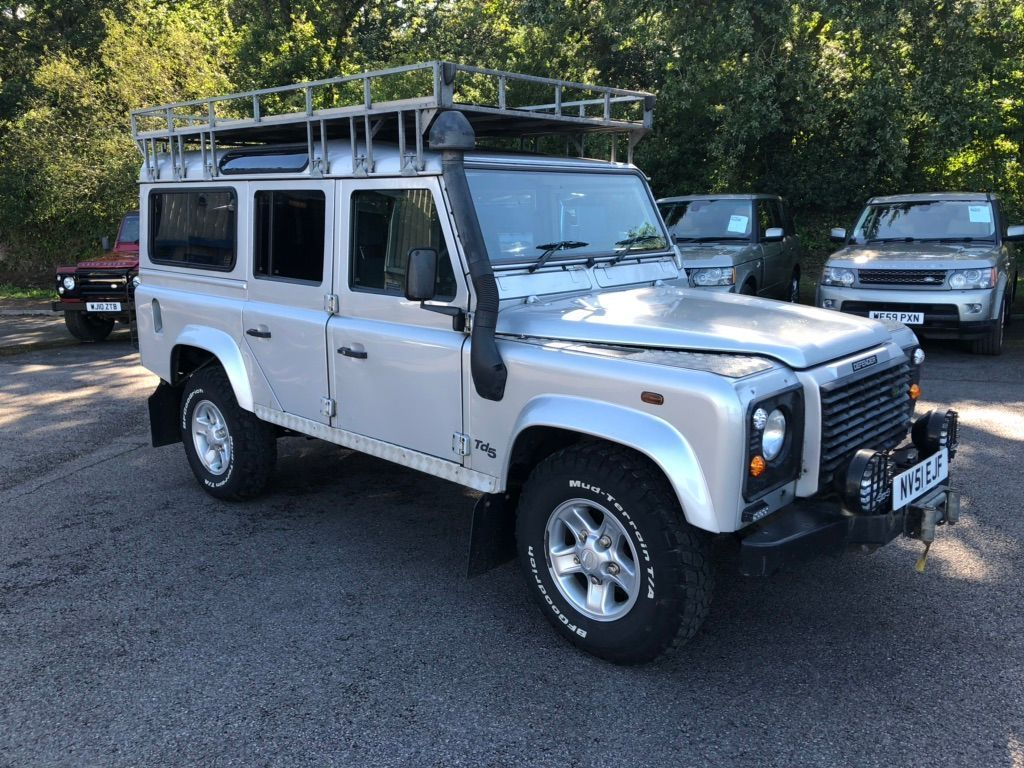LAND ROVER DEFENDER 110 SUV 2.5 TD5 County