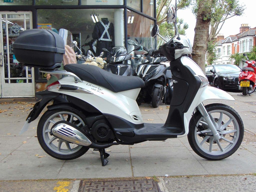 PIAGGIO LIBERTY Scooter 125 3v Scooter