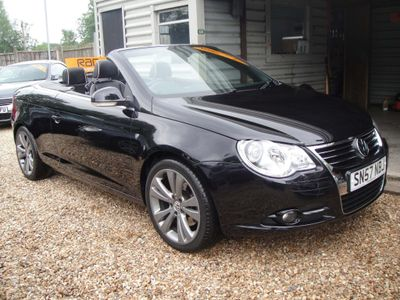 VOLKSWAGEN EOS Convertible 3.2 FSI V6 Individual Cabriolet DSG 2dr