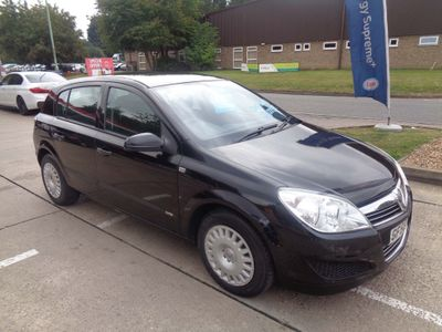 VAUXHALL ASTRA Hatchback 1.7 CDTi Life 5dr