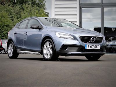 Used Volvo V40 Hatchback 2 0 T2 R-design Nav Plus (S/s) 5dr