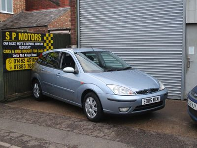 FORD FOCUS Hatchback 1.6 Ghia 5dr