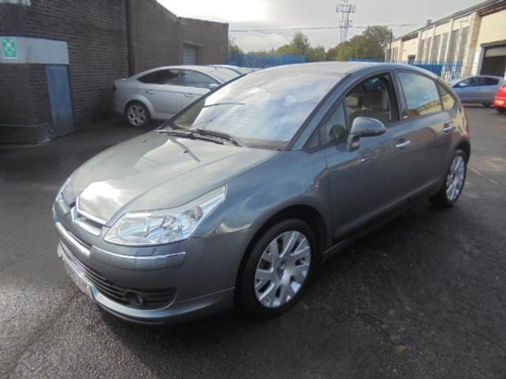 CITROEN C4 Hatchback 1.6 i 16v Exclusive 5dr