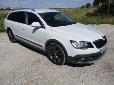 SKODA SUPERB Estate 2.0 TDI Tour de France 4x4 5dr