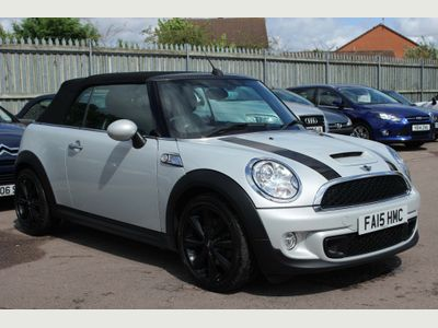 MINI CONVERTIBLE Convertible 1.6 Cooper S (Chili and Media XL) (s/s) 2dr