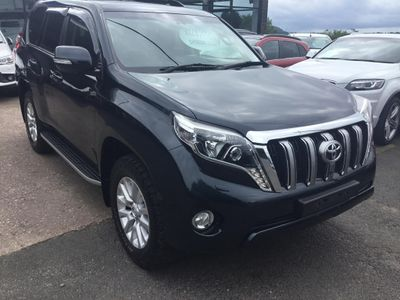 TOYOTA LAND CRUISER SUV 3.0 D-4D Invincible 5dr (7 Seats)