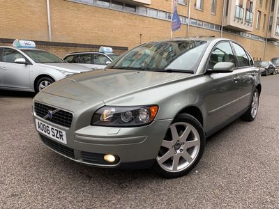 VOLVO S40 Saloon 2.4 i SE Geartronic 4dr