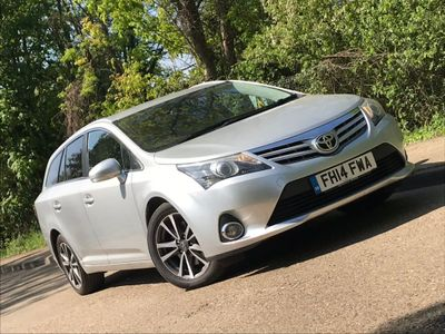 TOYOTA AVENSIS Estate 2.2 D-CAT Icon 5dr