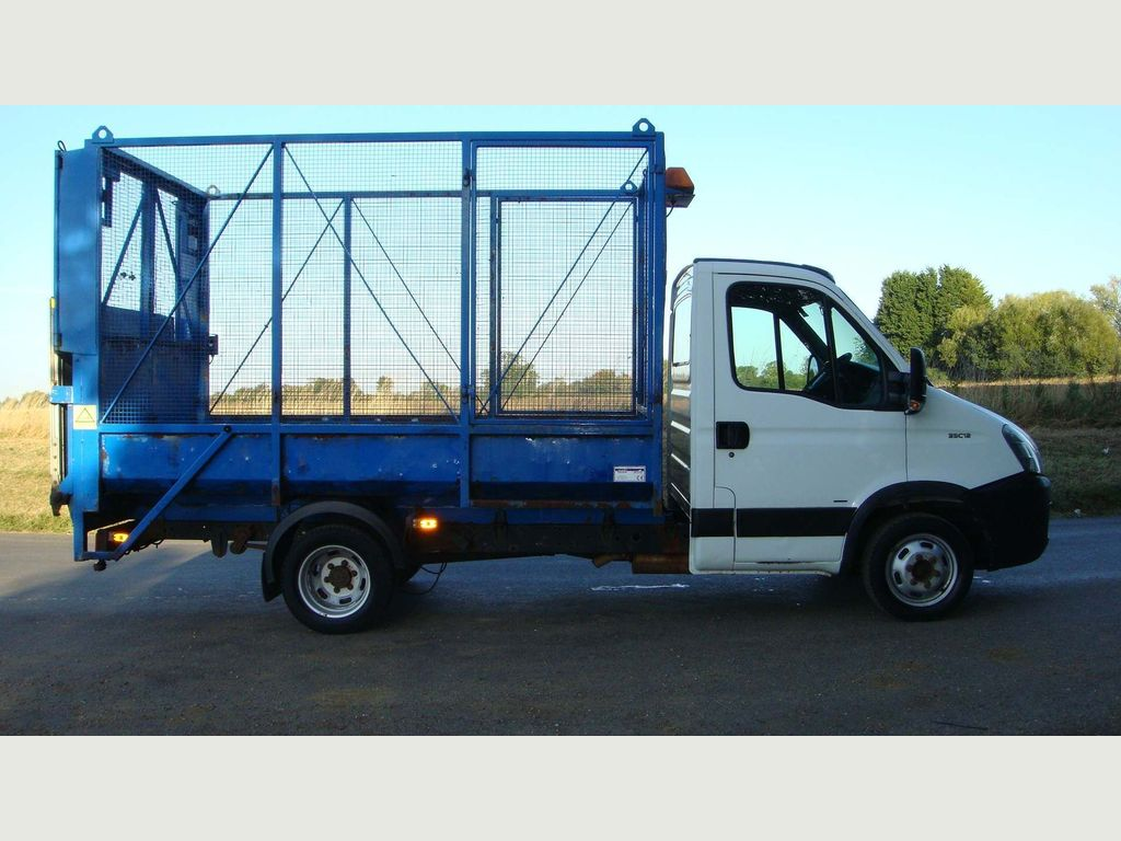 IVECO DAILY Chassis Cab WASTE REFUSE CAGED TRUCK TAIL LIFT 67K