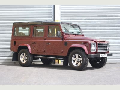 LAND ROVER DEFENDER 110 SUV 2.2 D XS (7 Seats) Station Wagon 5dr