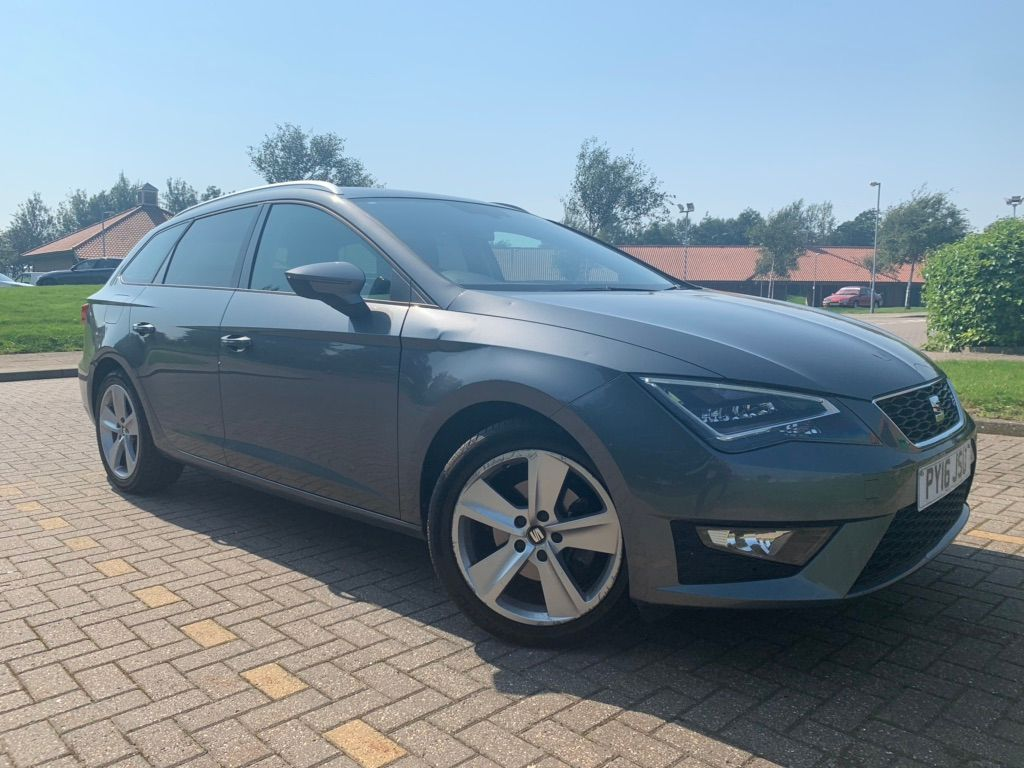 SEAT LEON Estate 2.0 TDI CR FR (Tech Pack) ST (s/s) 5dr