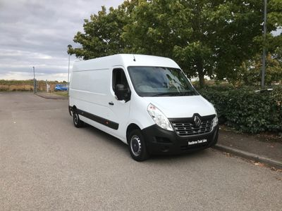 RENAULT MASTER Panel Van 2.3 dCi LM35 Business Medium Roof Van (FWD) 5dr
