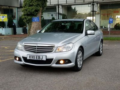 MERCEDES-BENZ C CLASS Saloon 1.8 C180 BlueEFFICIENCY SE 4dr