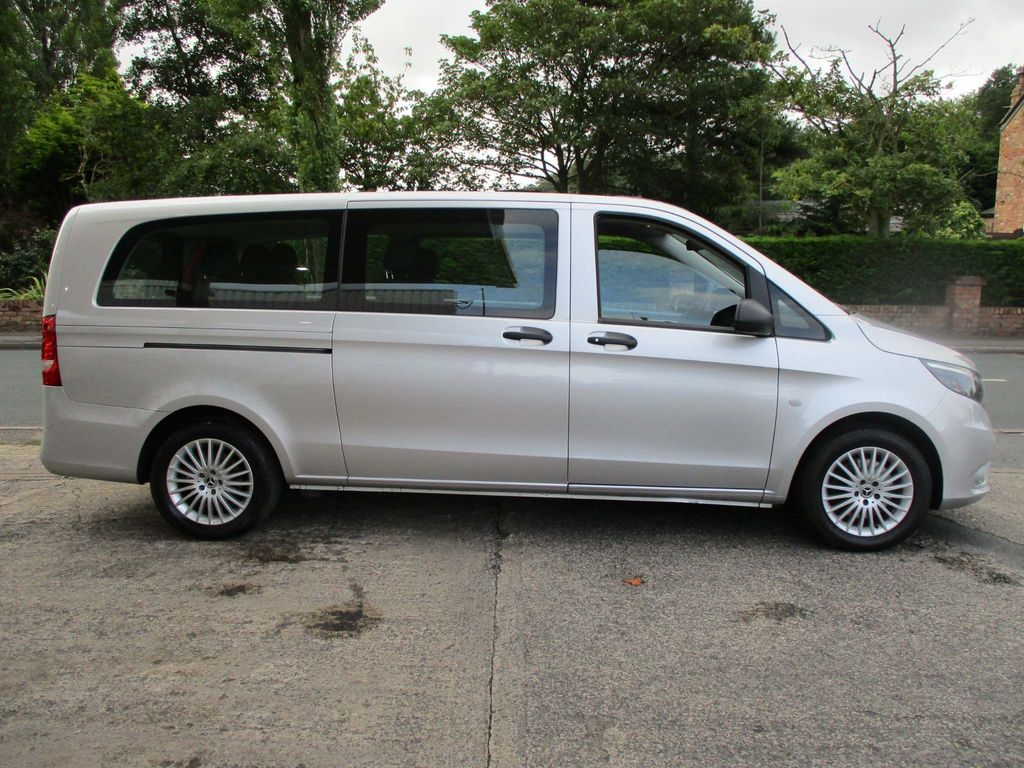 MERCEDES-BENZ VITO Other 2.1 119CDI Tourer SELECT Extra Long Bus 7G-Tronic 5dr (EU6, 8 Seats)