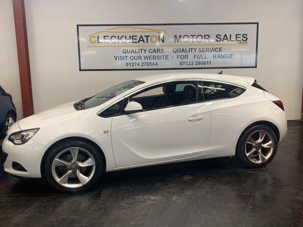VAUXHALL ASTRA GTC Coupe 1.4T SRi (s/s) 3dr 20in Alloy
