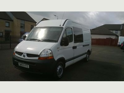 RENAULT MASTER Panel Van 2.5 dCi MM35 Extra Medium Roof Van (FWD) 4dr (MWB)
