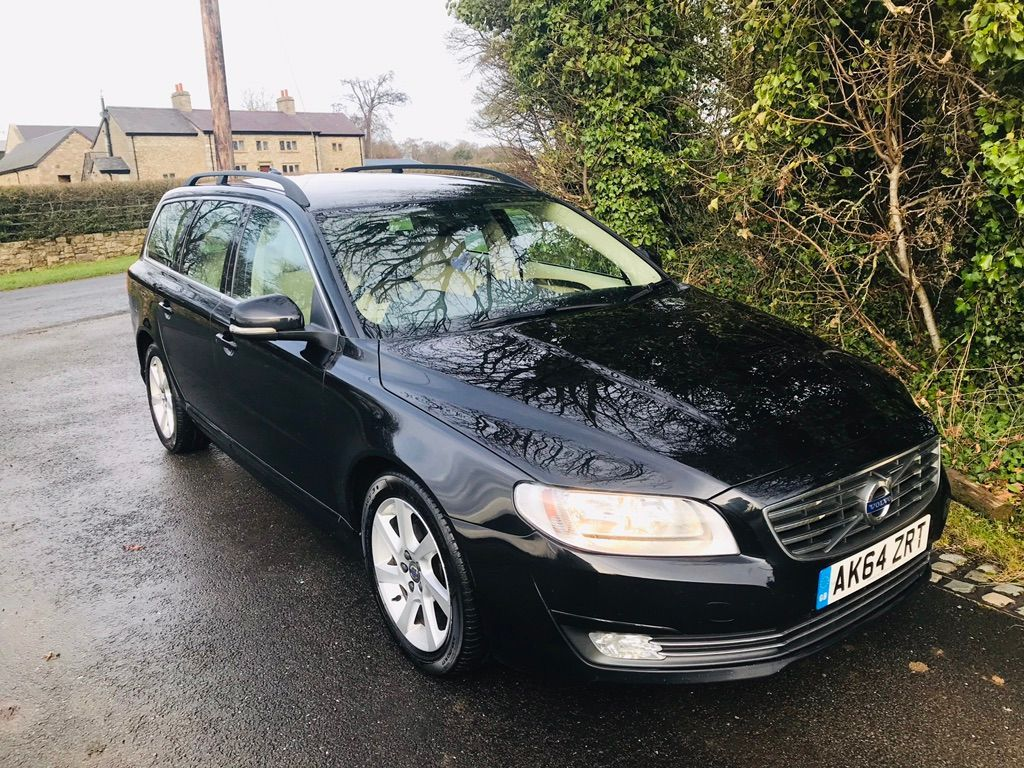 VOLVO V70 Estate 1.6 D2 SE Nav Powershift 5dr