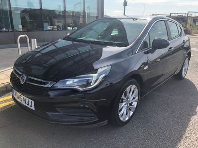 VAUXHALL ASTRA Hatchback 1.6 CDTi BlueInjection Tech Line (s/s) 5dr