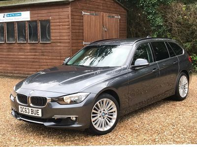 BMW 3 SERIES Estate 2.0 320i Luxury Touring (s/s) 5dr