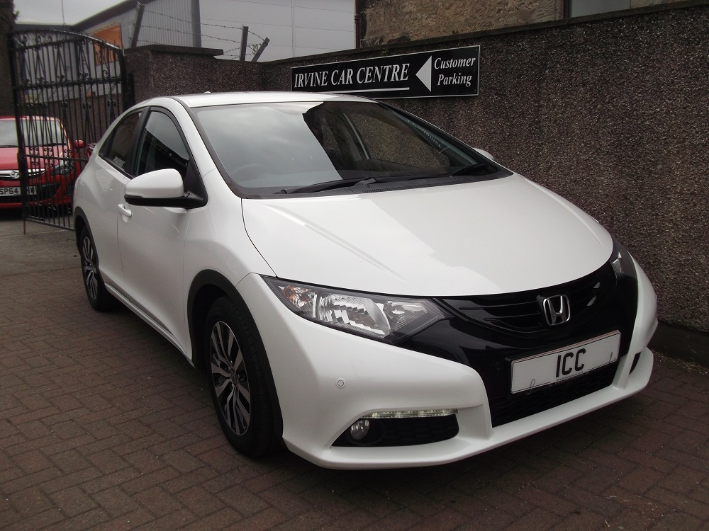 HONDA CIVIC Hatchback 1.6 i-DTEC SE Plus 5dr (dab, premium audio)