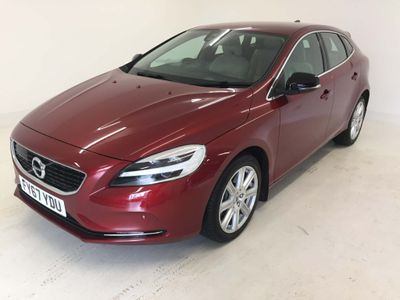 VOLVO V40 Hatchback 2.0 D3 Inscription Auto (s/s) 5dr