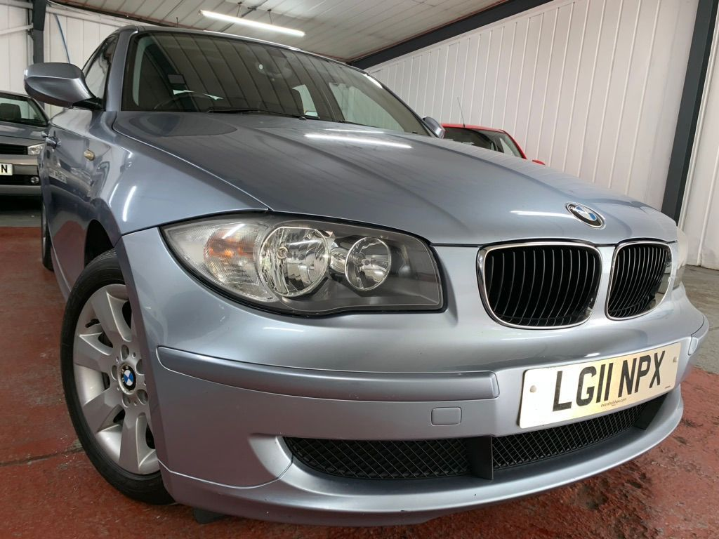 BMW 1 SERIES Hatchback 2.0 118d ES 5dr