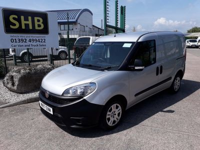 FIAT DOBLO Car Derived Van