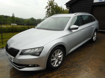 SKODA SUPERB Estate 2.0 TDI SE DSG Auto 6Spd (s/s) 5dr