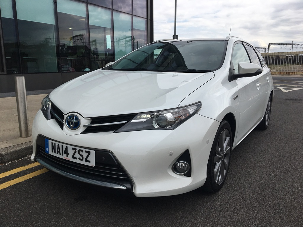 TOYOTA AURIS Estate 1.8 VVT-i Excel Touring Sports e-CVT HSD 5dr
