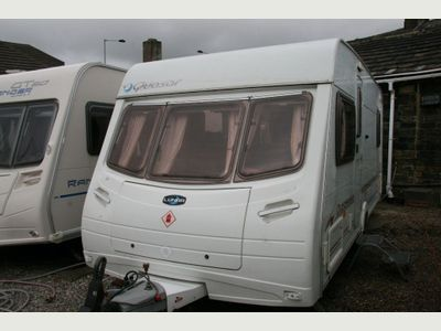 Lunar QUASAR EB FIXED BED MOTOR MOVER Tourer RECENT SERVICE VERY GOOD CONDITION 1090 KG EMPTY WEIGHT