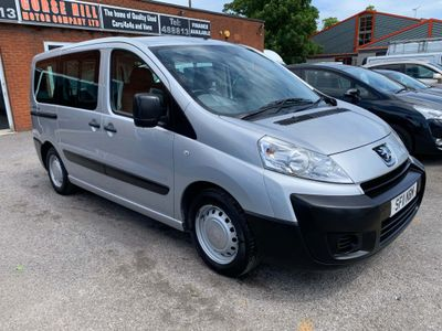PEUGEOT EXPERT TEPEE MPV 2.0 HDi, L1 Comfort, Wheelchair Scooter Access