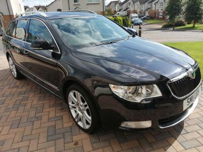 SKODA SUPERB Estate 1.8 TSI Elegance 4x4 5dr